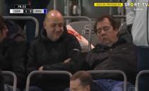 مشجع يفوت هدف بودولسكي بسبب النوم