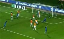 تريزيجيه يساهم في هدف فوز فريقه امام جالاتا سراي
