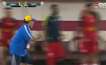 جنون مارادونا بعد تعادل فريقه فى الوقت القاتل