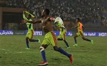 فرحة لاعبي ولايتا ديتشا بعد الفوز على الزمالك