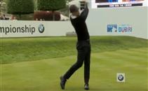 جوارديولا يلعب الجولف