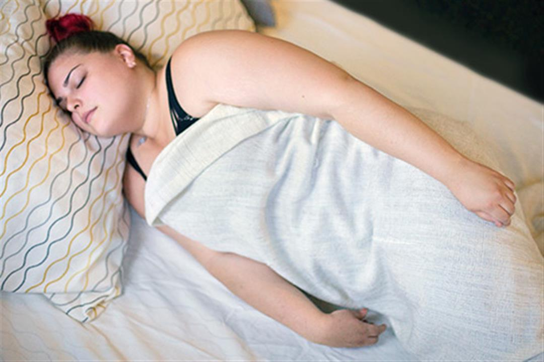 493ss_webmd_ed_woman_sleeping_in_log_position