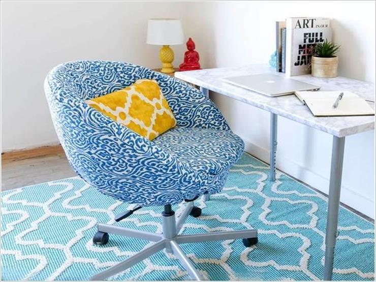 7- كرسي دائري دوار مزود بقاعدة سميكة من الاسفنج لمزيد من الراحة أثناء العمل.