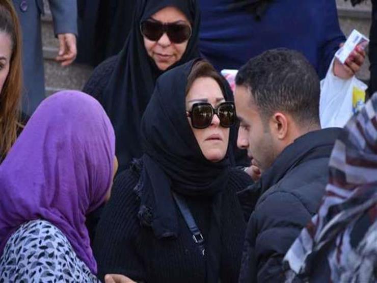جنازة والد نهال عنبر (1)