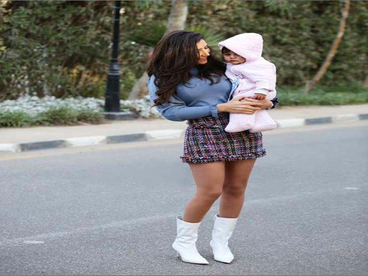 مي-عمر-وأبنتها