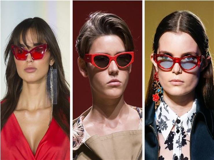 النظارات ذات الإطارات الحمراء