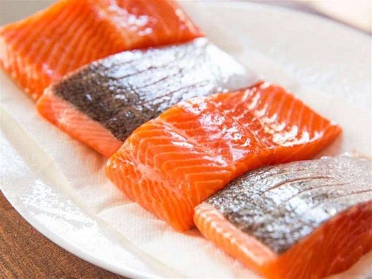 سمك السلمون المزارع