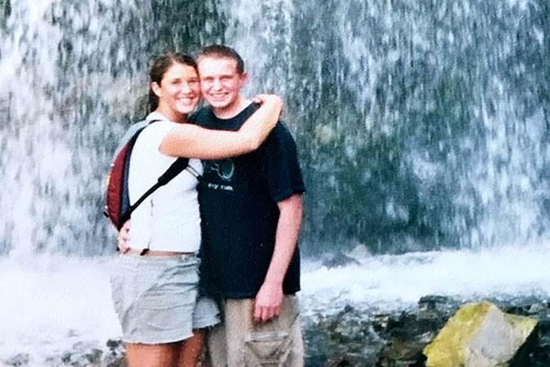 مع زوجته جيسيكا