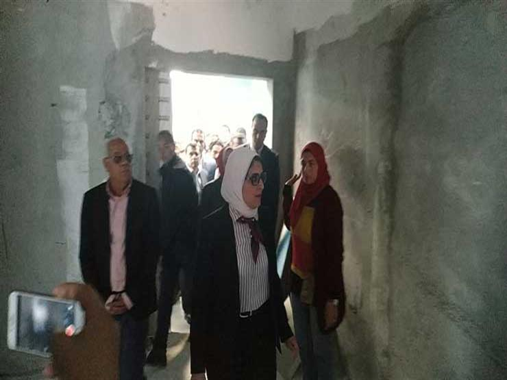 وزيرة الصحة بمستشفى النصر للأورام في بورسعيد (1)