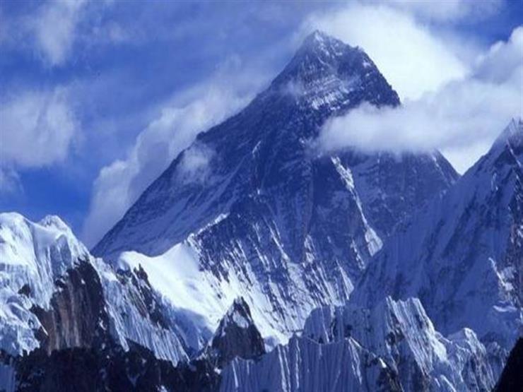 قمة جبال ماكالو