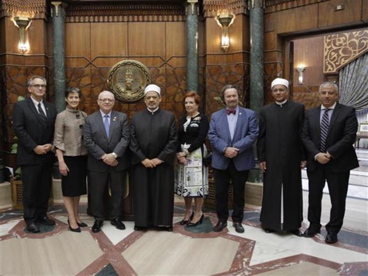 شيخ الأزهر يستقبل أعضاء بمجلس الشيوخ الكندي