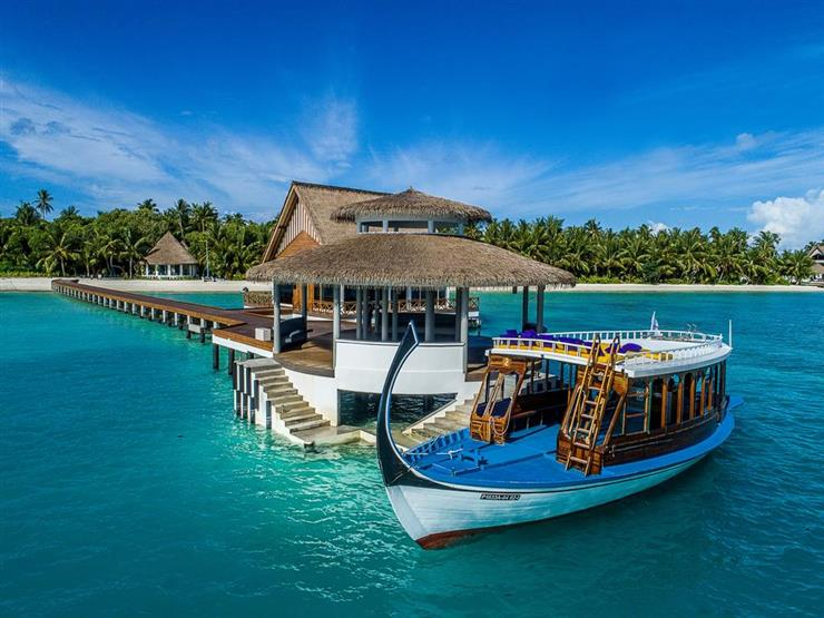 Mercure Maldives Kooddoo Resort.