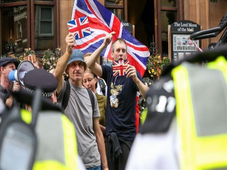 غضب في بريطانيا بسبب حظر بيع سيارات البنزين والسولار لـ 5 سنوات