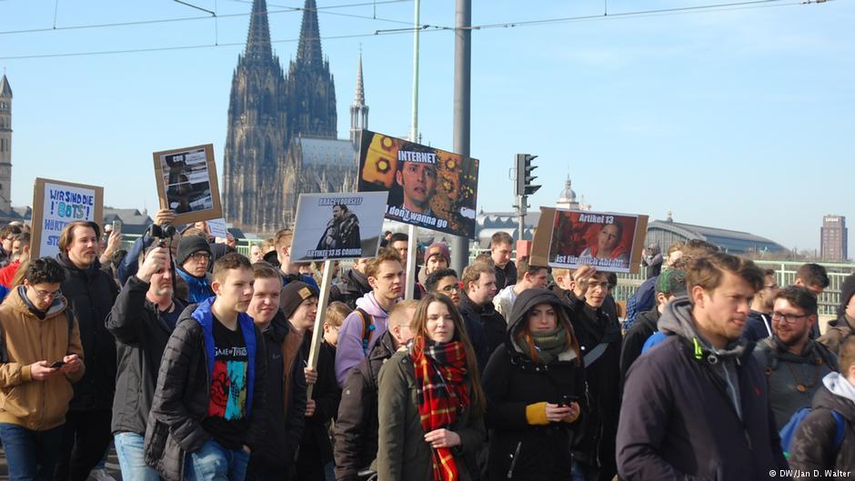 مظاهرات كولونيا.. الصورة من دويتشه فيله
