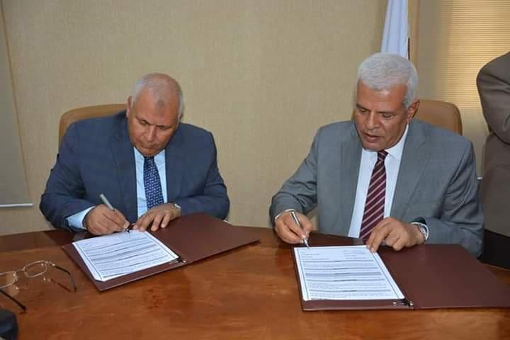 بروتوكولات تعاون بين الوادي الجديد ونقابتي المهن التعليمية والزراعية لاستصلاح وزراعة 4 ألاف فدان  (4)