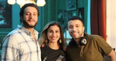 المخرج أحمد خالد مع ديناالشربيني والفيشاوي