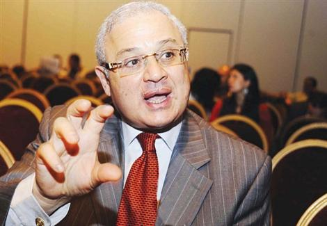 زعزوع :مصر تستهدف جذب 2 مليون سائح الماني في 2014