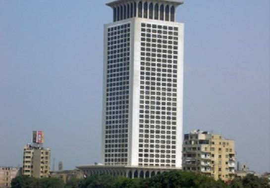 الخارجية تؤجل  تنفيذ قرار رفع رسوم تأشيرات دخول البلاد
