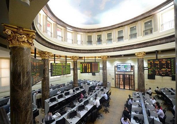 جلسة اليوم (تراجع جماعي لمؤشرات البورصة.. والسوق يربح ملياري جنيه) نادي خبراء المال