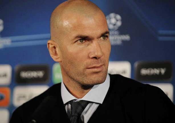 اتحاد الكرة الإسباني يلغي إيقاف زيدان ويعيده إلى التدريب