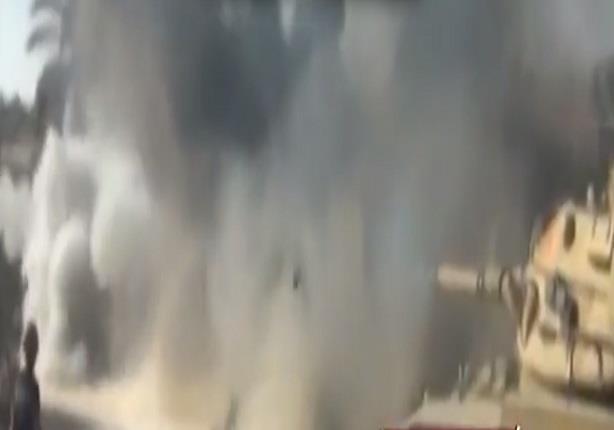 انفجار عبوة ناسفة عند مدخل العريش اثناء مرور اتوبيس للمجندين ادى الى اصابة امين شرطة ومجندين