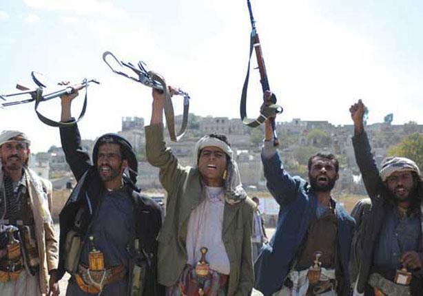 قيادي حوثي يرحب بدمج الحوثيين في المؤسسات العسكرية