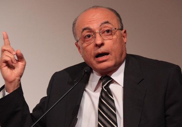 بالفيديو..سيف اليزل يكشف حقيقة إقالة رئيس المخابرات العامة