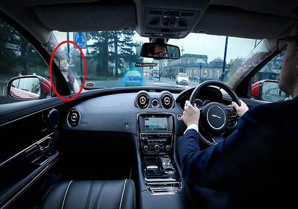 بالفيديو والصور .. جاجوار تطرح تقنية جديدة تجعل أعمدة السيارة شفافة