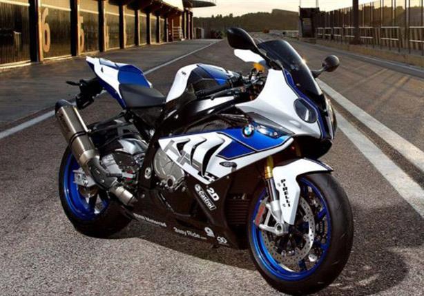 بي إم دبليو تكشف عن سعر دراجتها النارية S 1000 RR