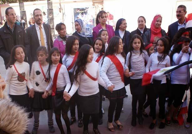بالصور - المدارس القبطية بالسويس تحتفل بأعياد الميلاد