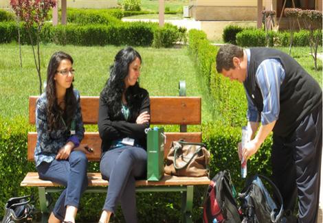 شباب مغاربة: الوظيفة العمومية ضمان وأمان