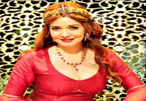 حسناء سيف الدين: ماتفعله آثار الحكيم مع رامز جلال