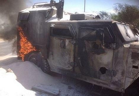 مقتل 8 أفراد شرطة في انفجار مدرعة شرطة بعبوة ناسفة برفح