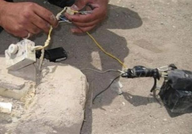 شاهد عملية تفكيك قنبلة بميدان المطرية بالقاهرة