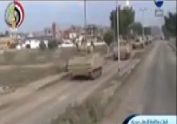 ضبط سيارة نقل محملة بأسلحة آلية وصناديق ذخيرة ومدافع ثقيلة بالشيخ زويد