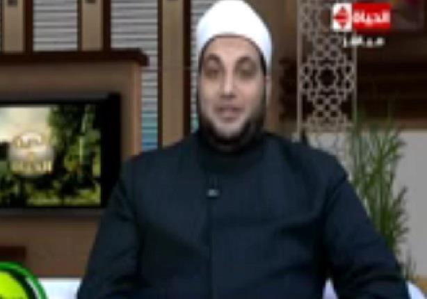 إغماض العينين أثناء الصلاه - الشيخ أحمد تركي