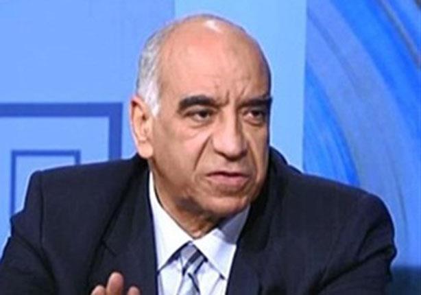 بالفيديو.. مساعد وزير الداخلية السابق: هذا حل الجيش للعودة إلى ثكناته