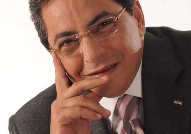 تعليق محمود سعد على زيادة أسعار تذاكر الطيران