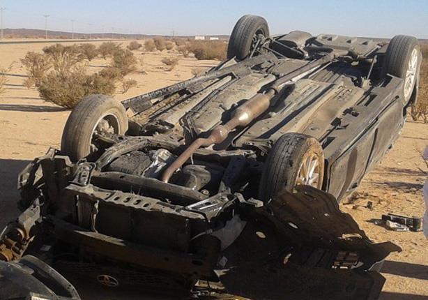 مصرع شخصان وإصابة 13 آخرين في انقلاب سيارة بالطريق الزراعي بالبحيرة
