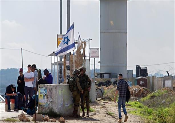 تصاعد حدة التوتر بالضفة الغربية عقب طعن 4 مستوطين على يد فلسطيني