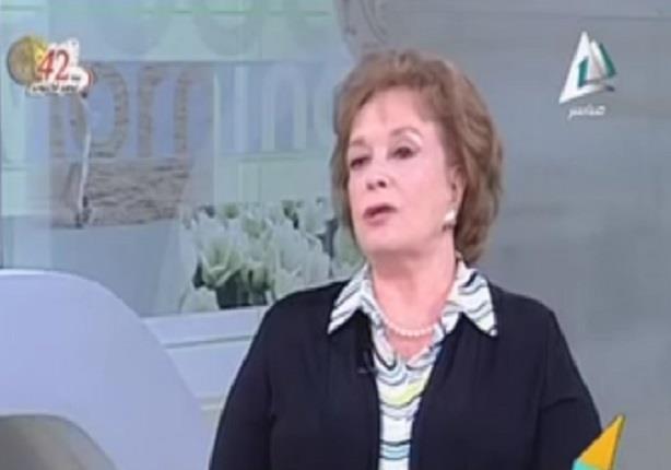 """جيهان السادات: """"زوجى توقع اغتياله بعد زيارته لاسرائيل على يد الإخوان"""""""