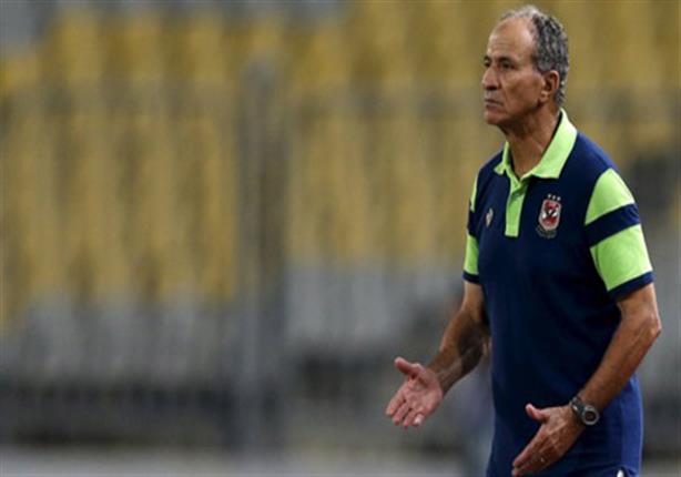 """رحيل فتحي مبروك.. 4 أزمات أطاحت بـ""""منقذ"""" الأهلي"""