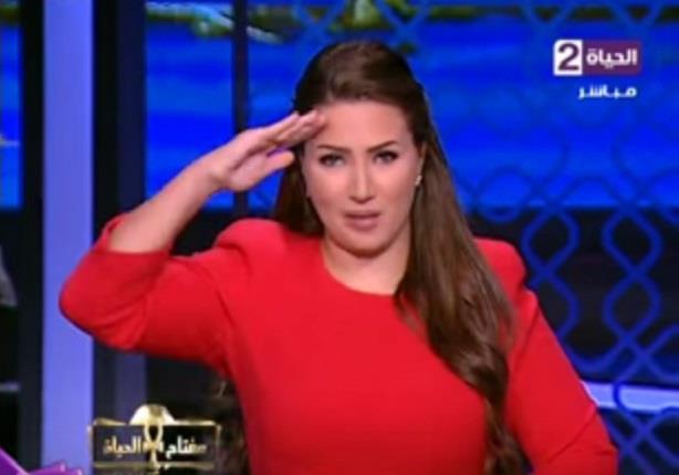 """""""ايمان عز الدين"""" تعطى التحية العسكرية للقوات المسلحة المصرية فى ذكرى """"6 اكتوبر"""""""