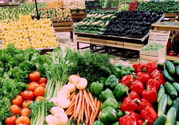 أسعار الخضروات والفاكهة.. الأولى ترتفع والثانية تنخفض