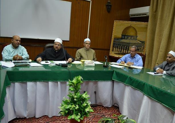 وزير الأوقاف يقرر إنشاء أكاديمية عالمية لتدريب الأئمة والدعاة