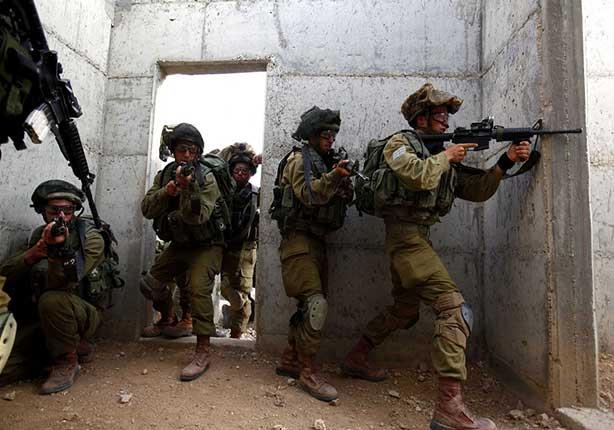 قوات الاحتلال الإسرائيلي تغلق إذاعة دريم الفلسطينية بالخليل
