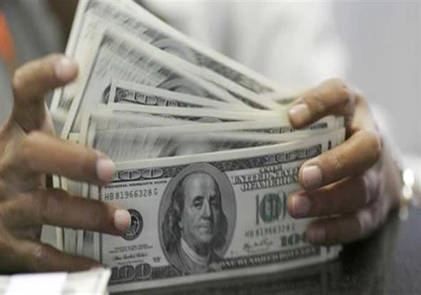 الدولار يستقر أمام الجنيه بالبنوك بعد أول عطاء في عهد طارق عامر