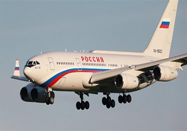 """طائرة الرئيس الروسي """"فلاديمير بوتين"""" تخطف الانظار - صور"""