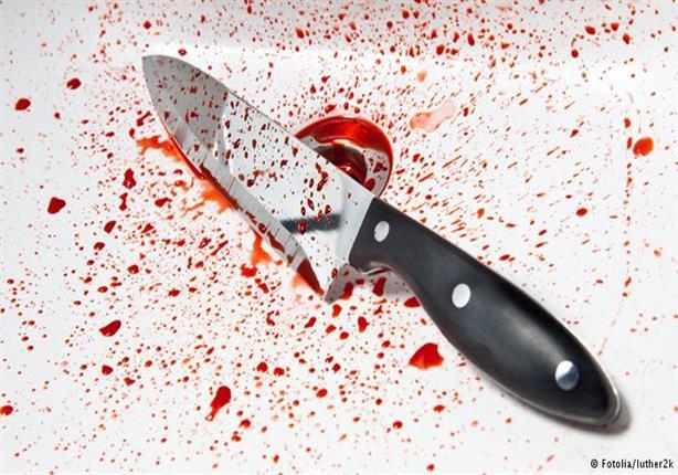 """حلاق يُنهي حياة مسجل بالـ """"سكين"""" أمام الأهالي بالقليوبية"""