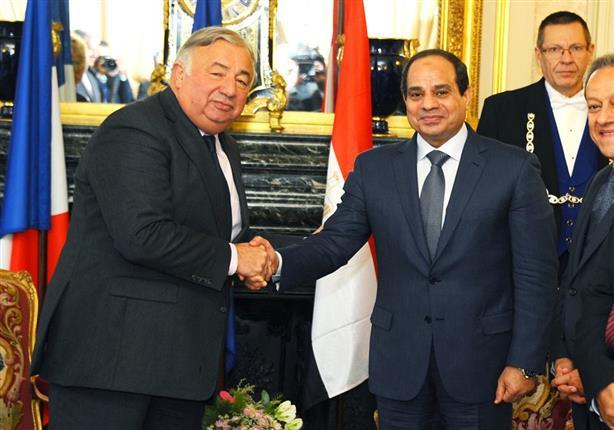 """السيسي يزور """"الشيوخ الفرنسي"""".. ويؤكد تضامن مصر مع فرنسا ضد الأعمال الإرهابية"""